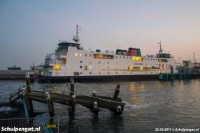 In de winter van 2017 is de Schulpengat voor de laatste periode dienstboot. De Dokter Wagemaker ligt op de werf en de Texelstroom heeft net deze steiger aangevaren en ligt daarom aan de kant.