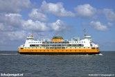 De veerboot Molengat van de TESO-bootdienst naar Texel gezien op het Marsdiep.