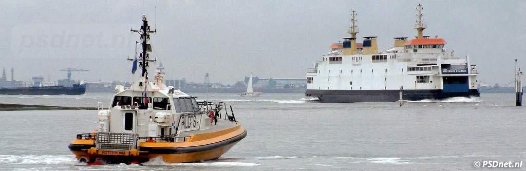 Redeboot Loodswezen Vlissingen veerboot
