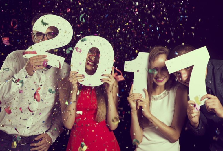 Affordable New Year's Eve Ideas to Celebrate the New Year