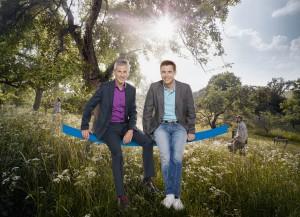 "Andreas Hieke (links) und Jens Kölker auf großer ""hessenschau""-Sommertour Foto: hr/Benjamin Knabe"