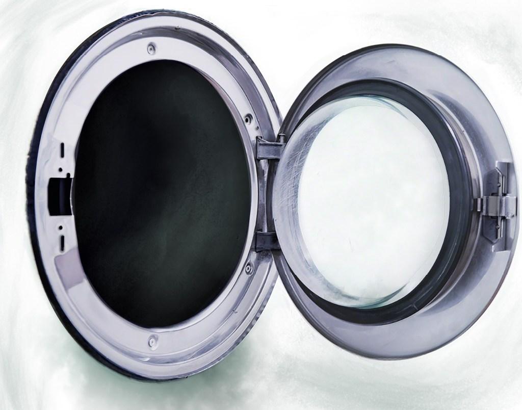 Pfeffer und Salz in die Waschmaschine gegen Grauschleier