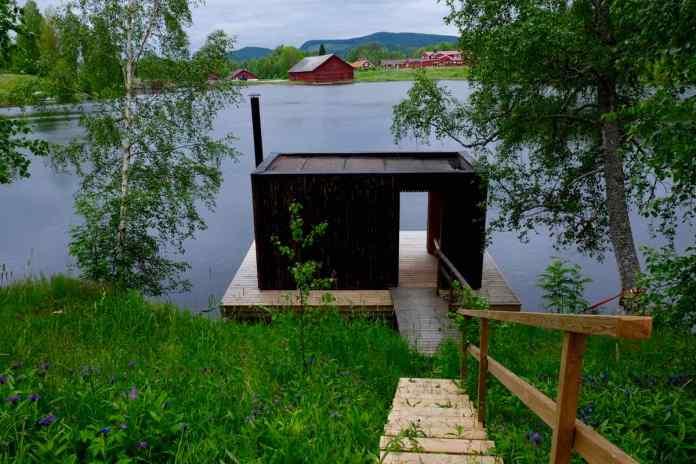 Die neue Sauna in modernem schwedischem Design. (Foto Andrea Ullius)
