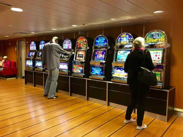 Die Spielhölle an Bord ;-) (Foto Andrea Ullius)