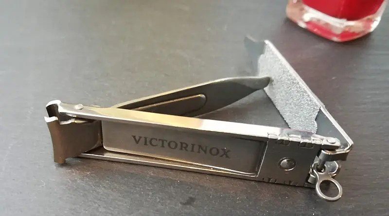 victorinox nagelknipser mini klein kompakt reise unterwegs
