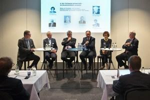 """Engagierte Diskussion am Branchentalk """"Industrie"""": Bild: schweizeraktien.net/Pascal Rohner"""