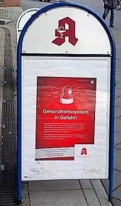 Die Apotheken in Deutschland machen mit Unterschrifts- und Plakataktionen gegen die Versandapotheken mobil. Bild: schweizeraktien.net