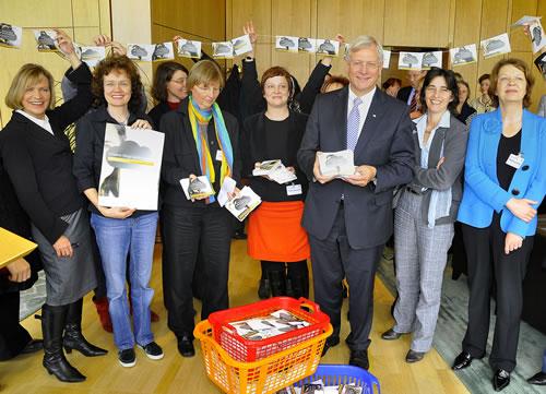Übergabe der Unterschriften im Landtag NRW am 29.9.2010