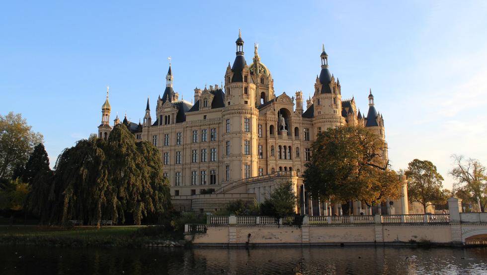 schwerin castle information for