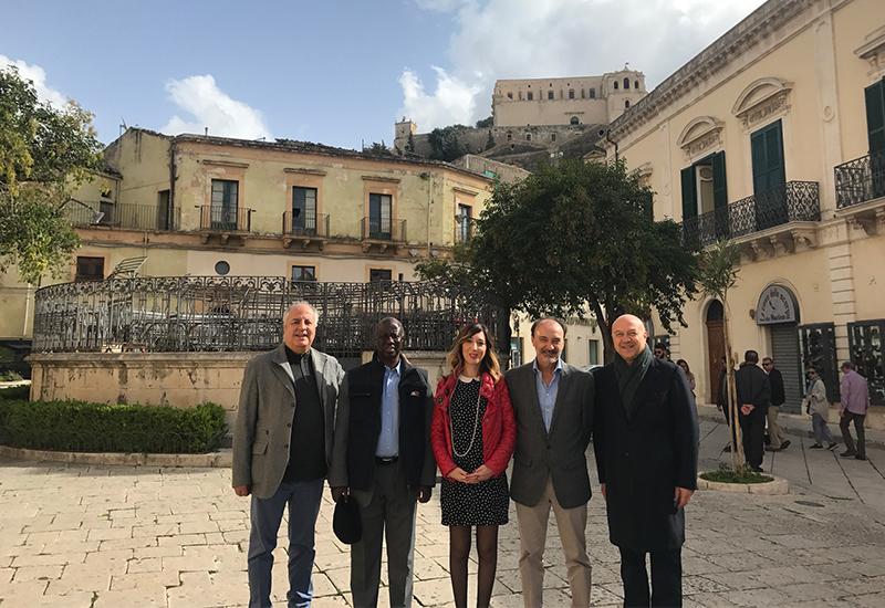 Quattro Ambasciatori In Visita A Scicli