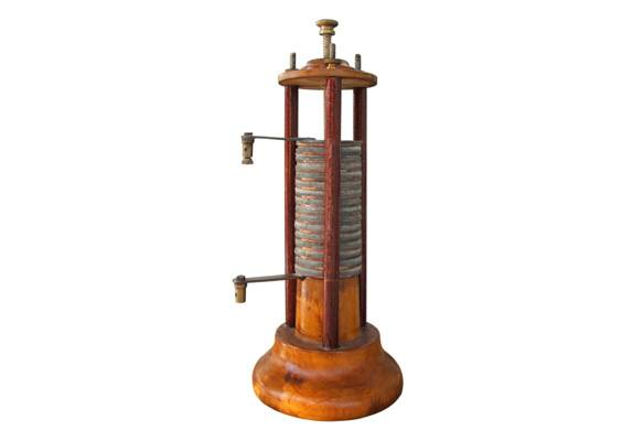 How Did Alessandro Volta Invent Battery