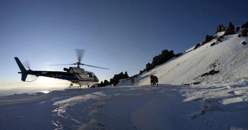 Helicóptero, salvamento, montanhas