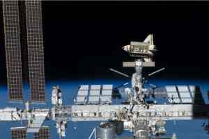 If The ISS Is Not Stationary, How Are Rockets Launched To It? » Science ABC