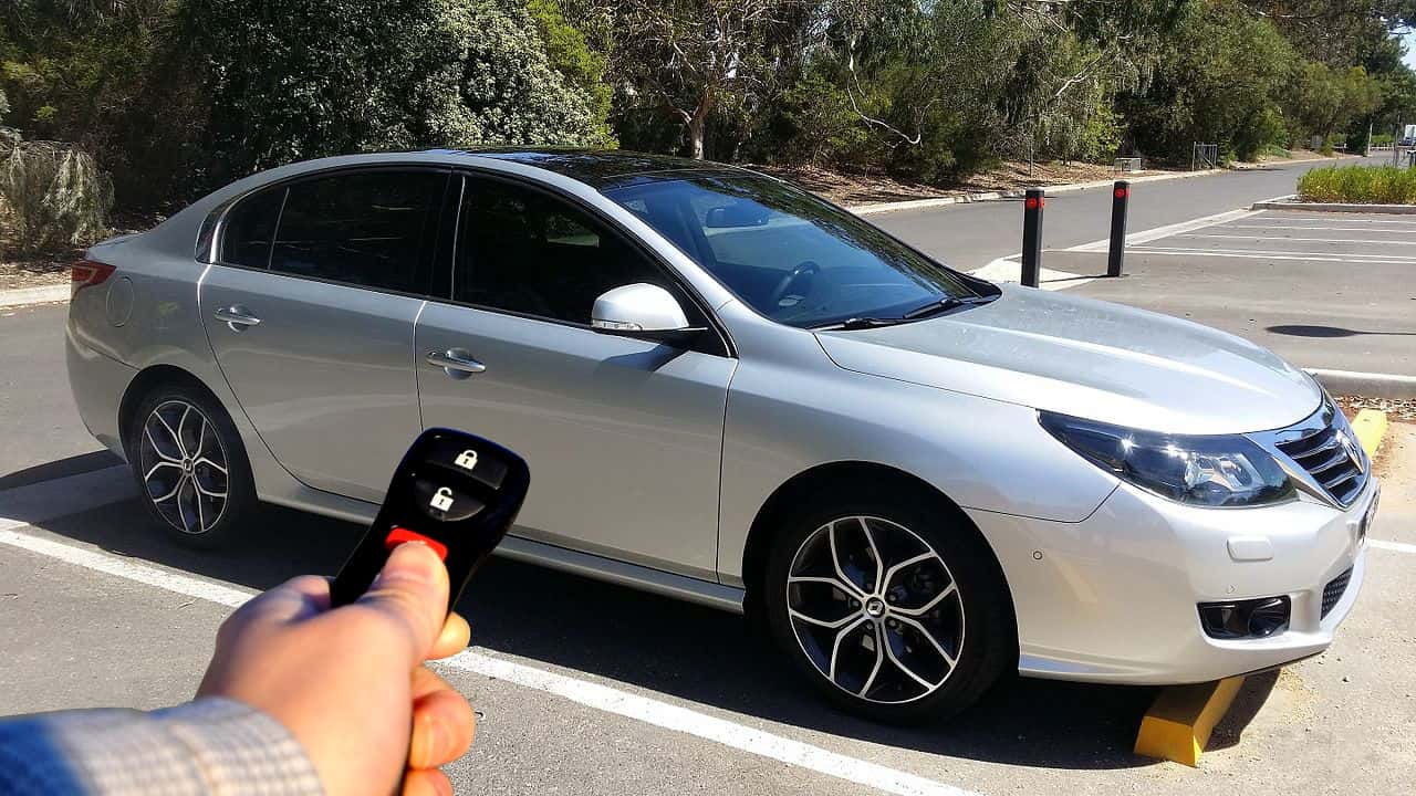 hight resolution of locking and unlocking using a car remote photo credit turbo j wikipedia commons