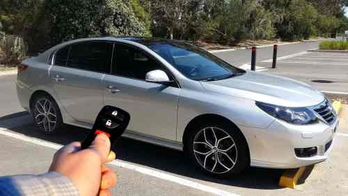 small resolution of locking and unlocking using a car remote photo credit turbo j wikipedia commons