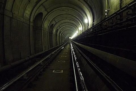 túnel temático