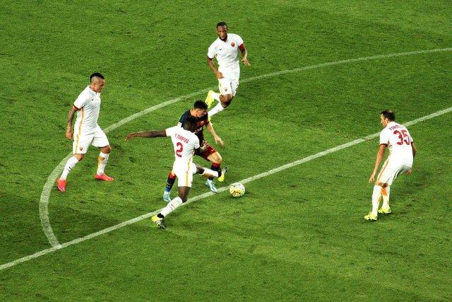 Messi dribble à travers de nombreux joueurs