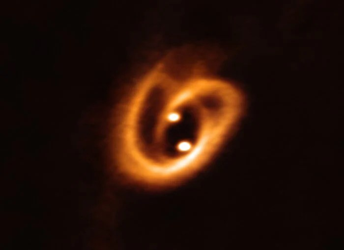 eso1916a binary star accretion