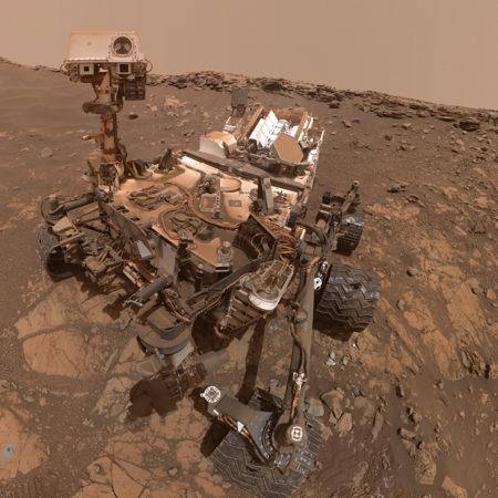Selfie of Curiosity rover in 2020