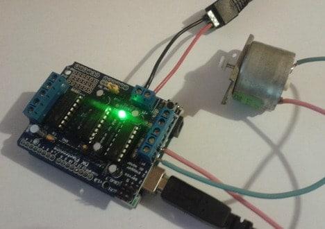 Drive dc motor using arduino motor shield do it easy for Servo motor 12v dc
