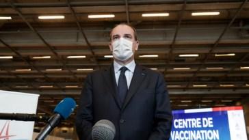 Covid: 20 millions de personnes ont reçu une première dose de vaccin en France, annonce Macron