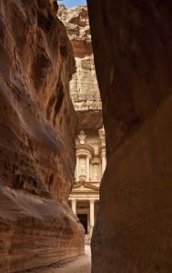 De toegangsweg naar Petra: de Siq.