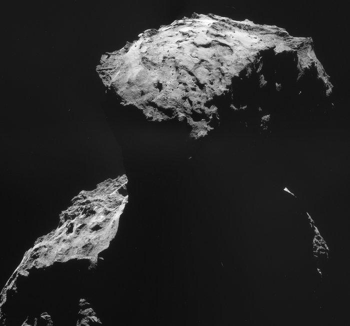 Deze foto maakte Rosetta van de landingsplek van Philae toen de sonde zich nog op ongeveer tien kilometer afstand van de komeet bevond. Afbeelding: ESA / Rosetta / NAVCAM.