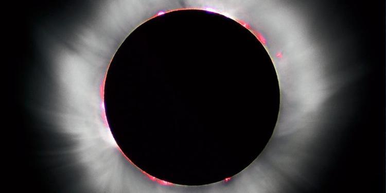 Een volledige zonsverduistering, gezien vanuit Frankrijk (1999). Afbeelding: Luc Viatour.