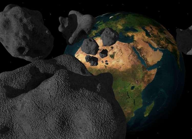 Een meteorietinslag kan een massa-extinctie veroorzaken. Zo wordt ervan uitgegaan dat een meteorietinslag een bijdrage heeft geleverd aan het uitsterven van de dinosaurussen.