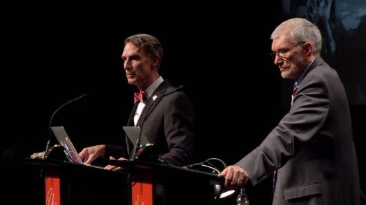 Il dibattito tra Bill Nye e Ken Ham su evoluzionismo e creazionismo. (Immagine: Pixgood)