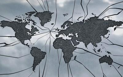 Bioplastiche e rischi globali – Scientificast #239