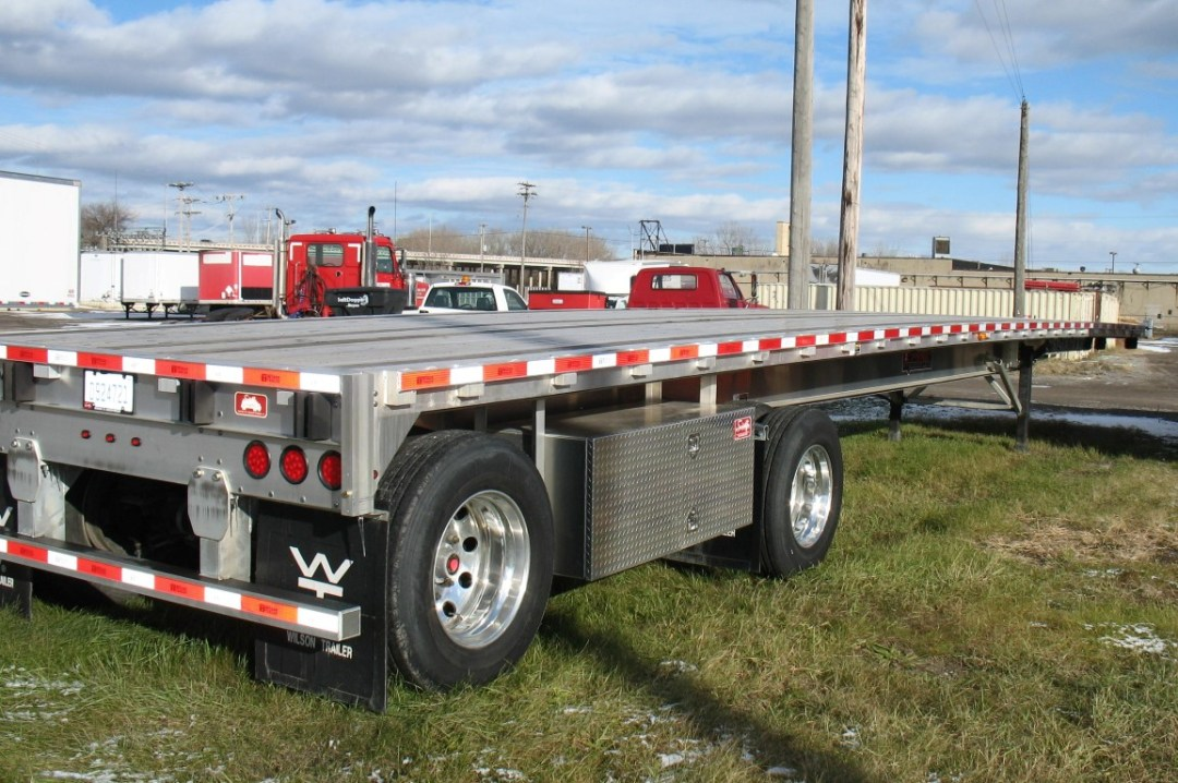 48' x 102' Flatbed