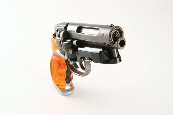gun-blade-runner-weapons-science-fiction-5577