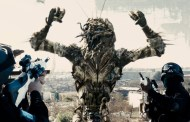 SCI-FI NERD - District 9 (2009): Monsters And Men