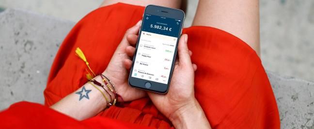 movimenti bg 1280x527 Richiedi gratis la carta conto HYPE e scopri il nuovo modo di gestire il denaro (+ 10€ in regalo!)