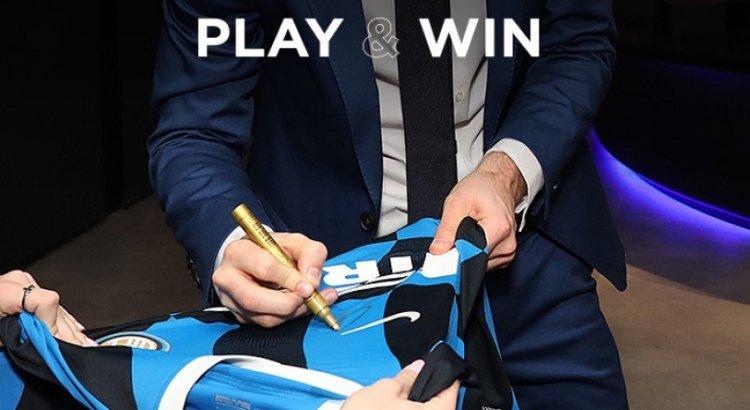 Vinci la prima maglia ufficiale dell'Inter di Eriksen con il suo autografo