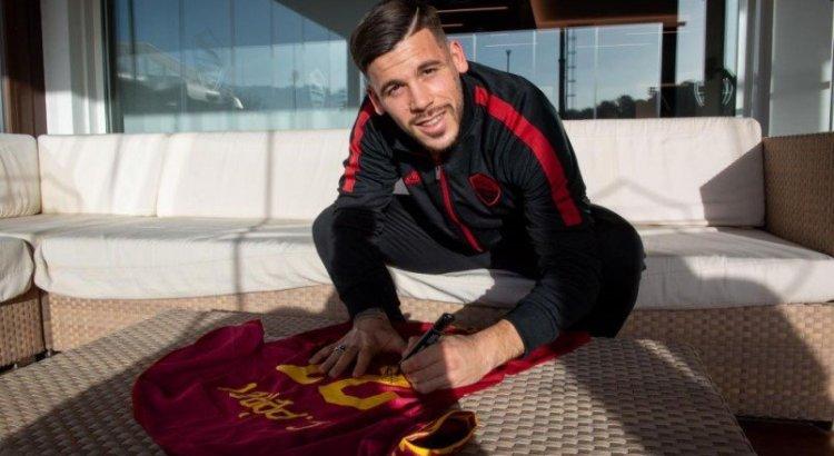 Concorso AS Roma: vinci gratis maglia autografata da Carles Perez