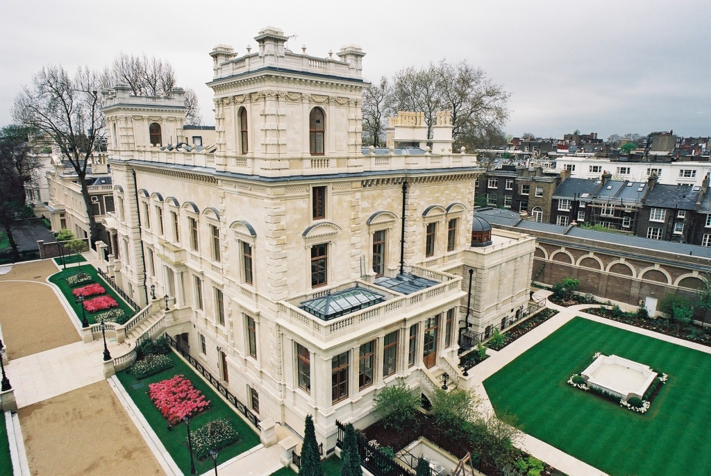 Biggest House In The World  Luxurious Abode Of The Rich  Famous