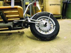 A Lambretta front hub has been utilised for the trailer, along with Lambretta engine mounts and the suspension from a moped, modified with pre-load.