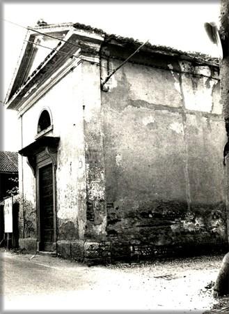 Esterno oratorio, lato strada