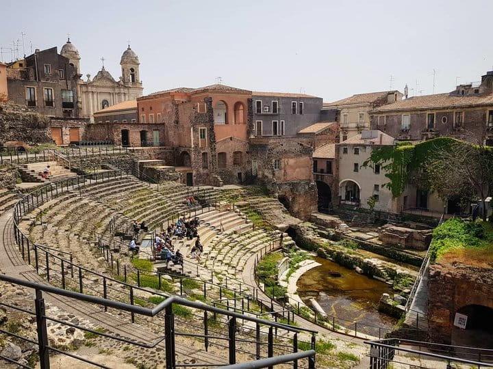 teatro romano centro storico di catania
