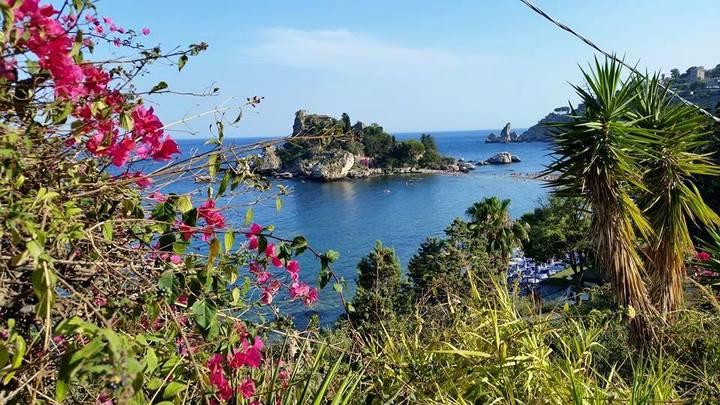 isola bella a taormina, raggiungibile a piedi
