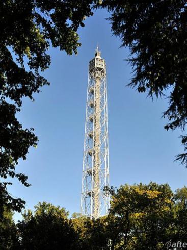 Torre Branca al parco Sempione