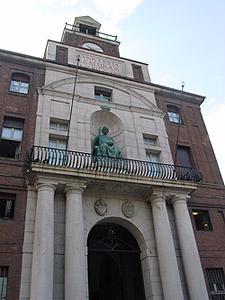 G. Muzio, facciata ingresso Università Cattolica