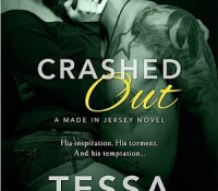 Review Post : Crashed In by Tessa Bailey