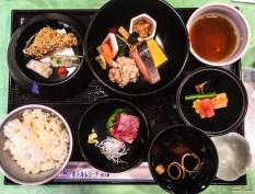 Tipico pranzo giapponese - Giappone