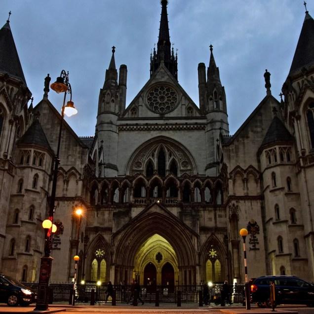 Palazzo di Giustizia, Londra (Inghilterra)-min