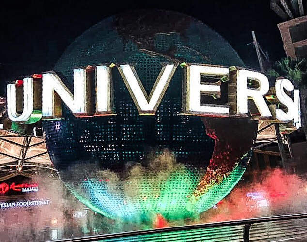 Universal Studios Singapore (Asia)