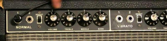 bass guitar amp controls