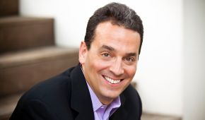 Motivation, Selling, and Perfect Timing with Dan Pink